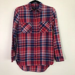 Madewell red plaid button down long sleeve shirt